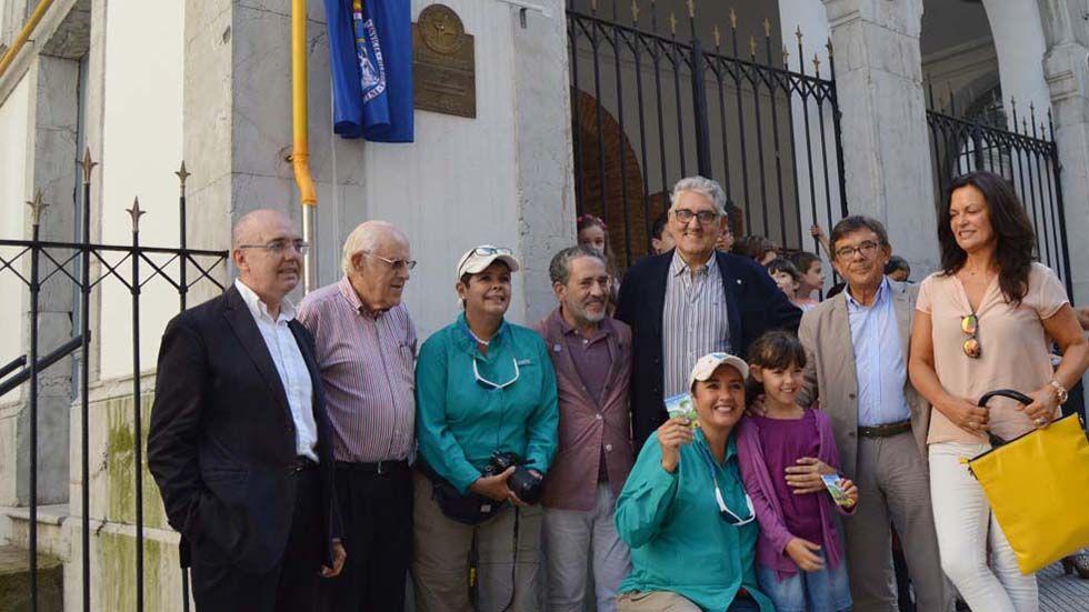 La placa, en Oviedo
