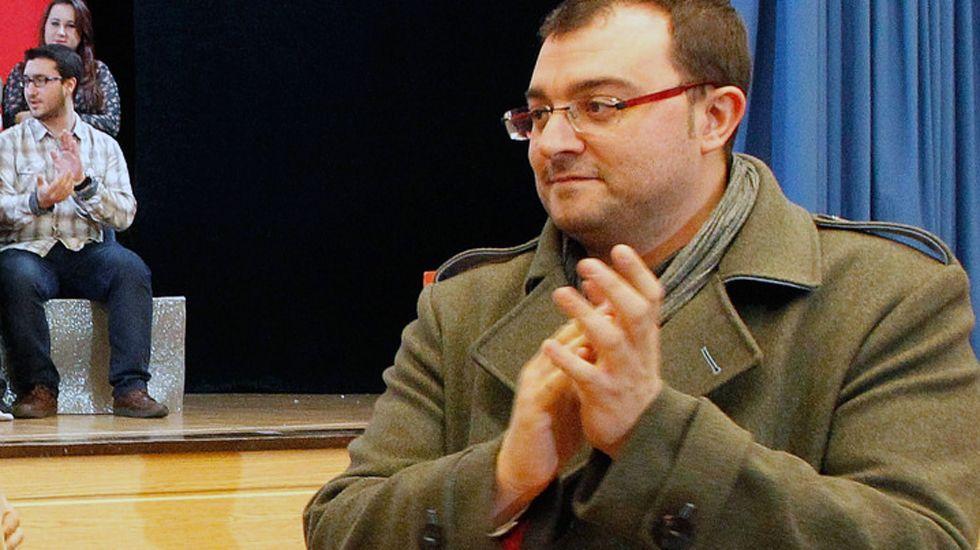 El alcalde de Laviana, Adrián Barbón