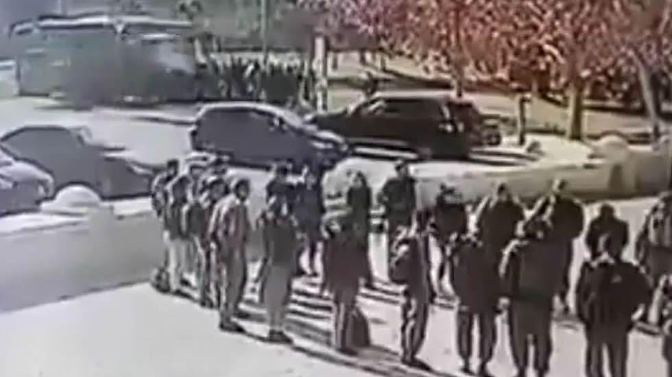 El momento del ataque con un camión en Jerusalén