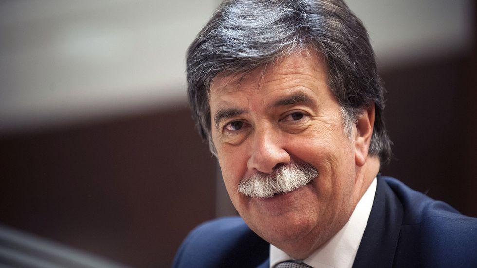 Javier Urra: «Estamos haciendo jóvenes de cristal, duros pero frágiles»