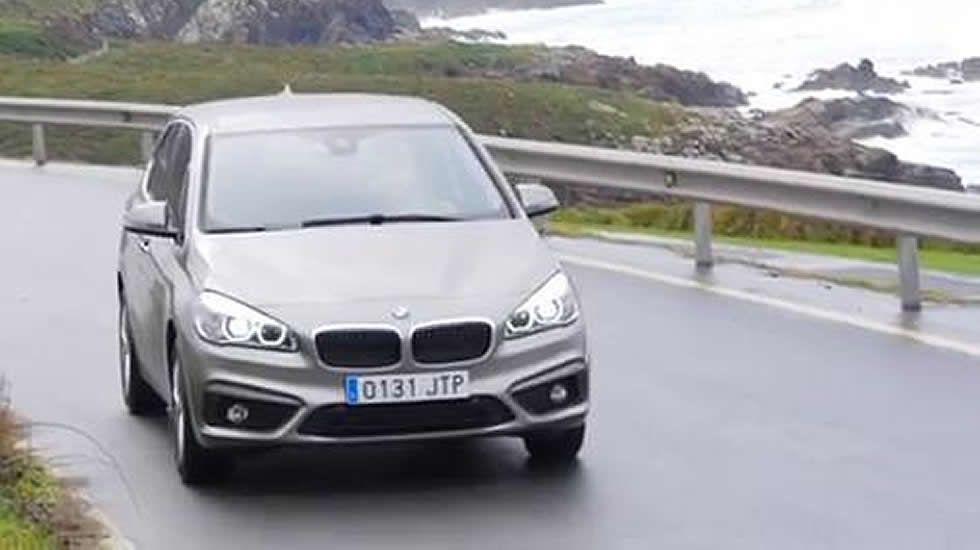 Es un monovolumen y es un BMW