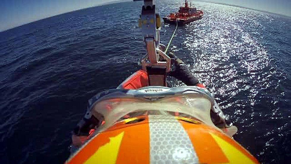 Espectacular entrenamiento del Helimer de Salvamento Marítimo