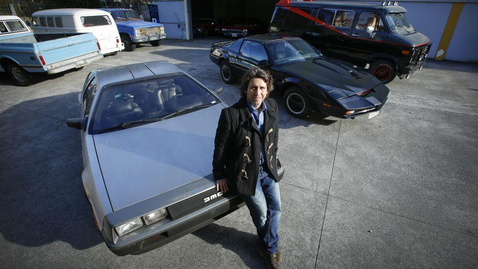 Resultado de imagen de Un DeLorean y el coche fantástico en el párking