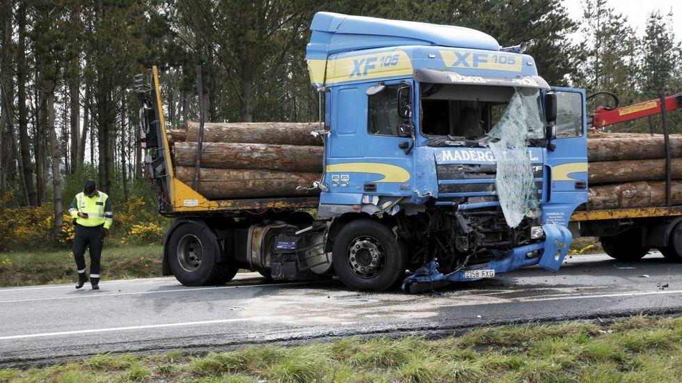 Mueren dos personas en un accidente de tráfico en Curtis