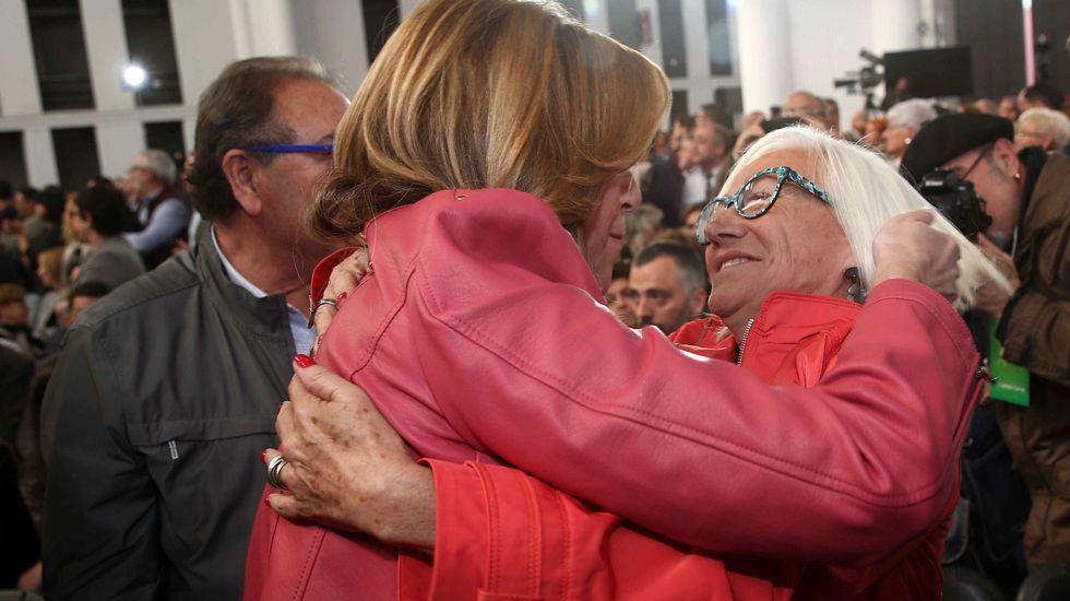 Los tres precandidatos del PSOE juntos pero no revueltos en el homenaje a Chacón
