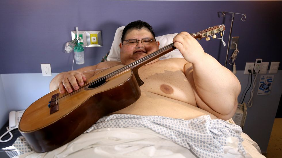 Recibe el alta médica el hombre más obeso del mundo