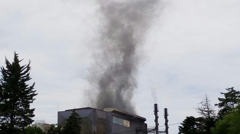 Nubes negras en la fábrica de Arcelor en Carreño
