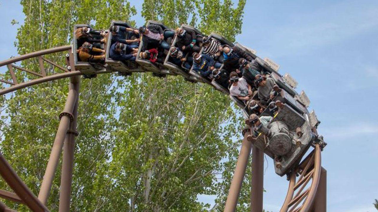 33 heridos leves en una montaña rusa del Parque de Atracciones de Madrid