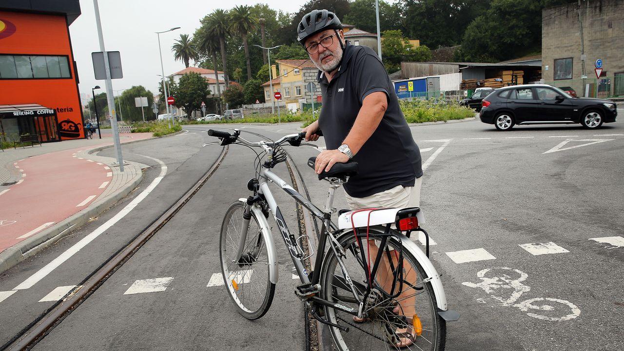 Paco Cuba nos explica la peligrosidad de las vías del tren del puerto para los ciclistas