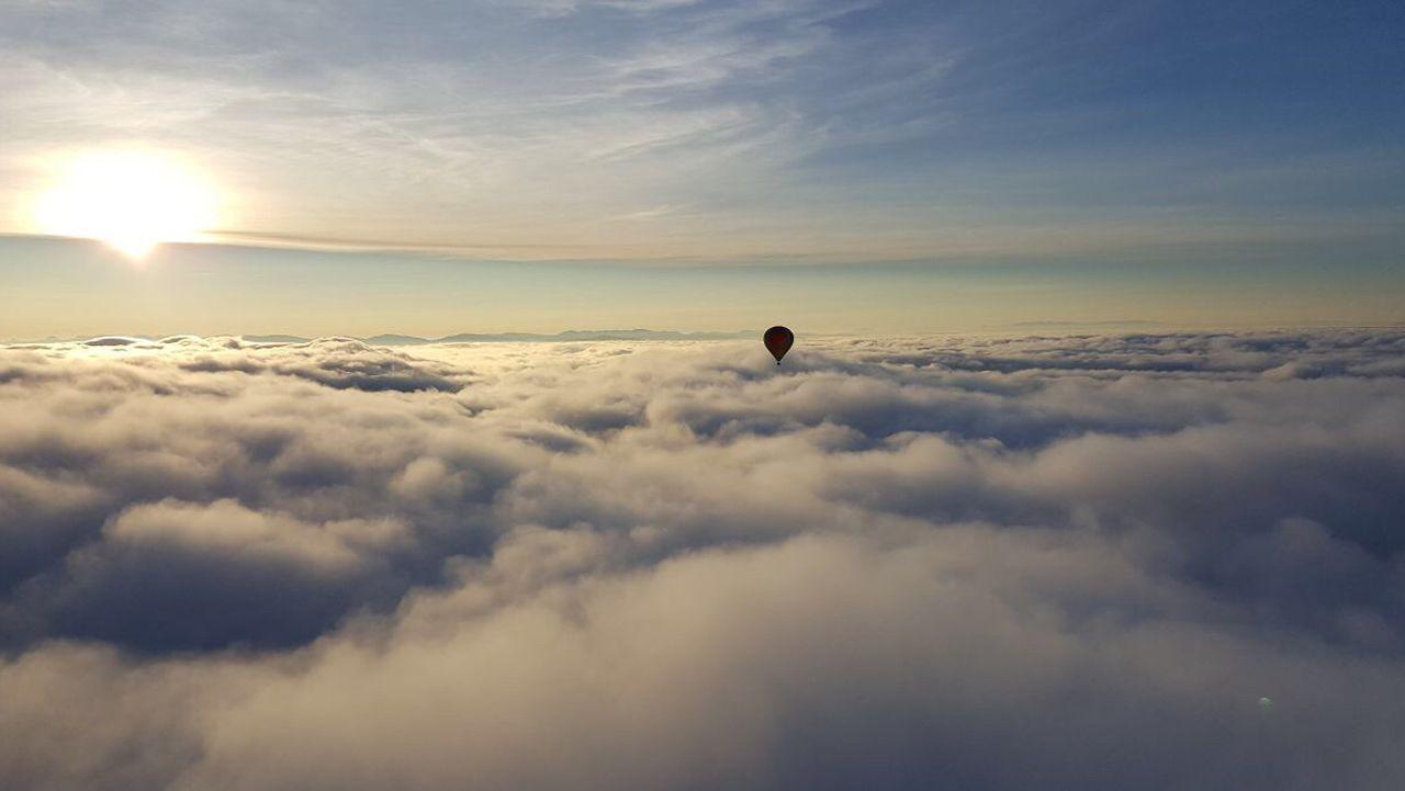Viaje en globo por la Ribeira Sacra
