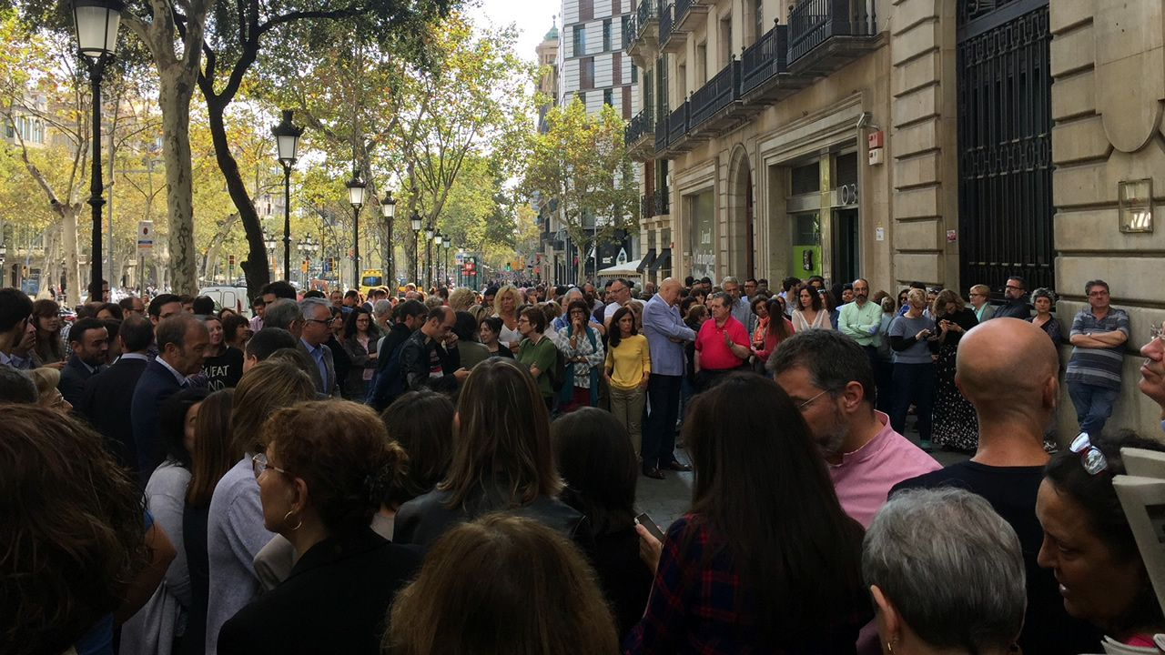 Paro en centros de trabajo en catalu a por el env o a for Trabajo cocina asturias
