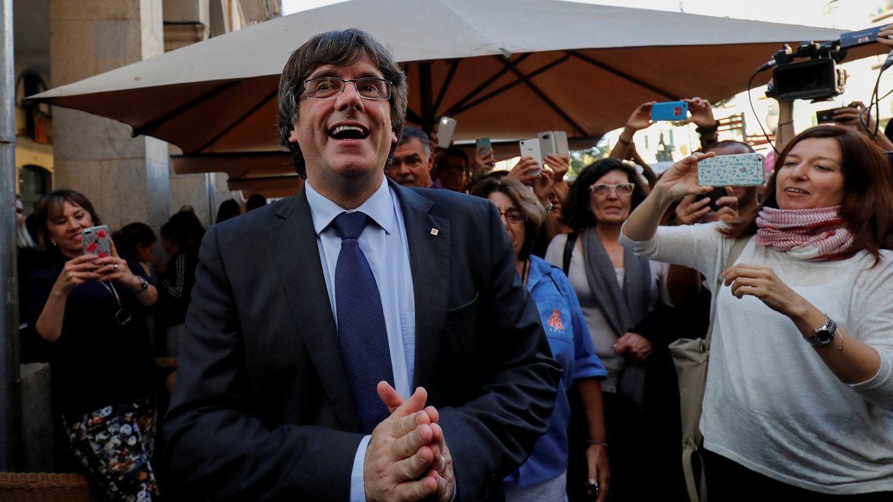 Puigdemont y Colau le dan la vuelta al tablero de las elecciones