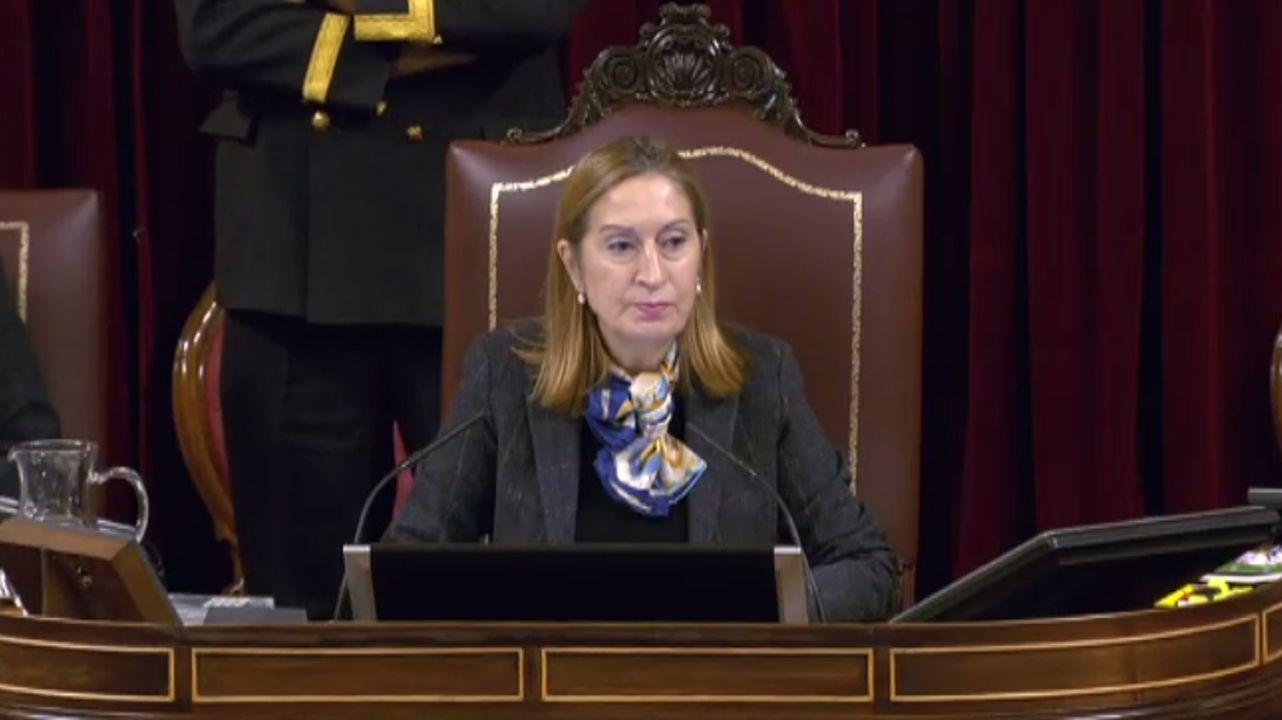La bronca de Ana Pastor a los diputados: «Esto es una falta de respeto absoluta»