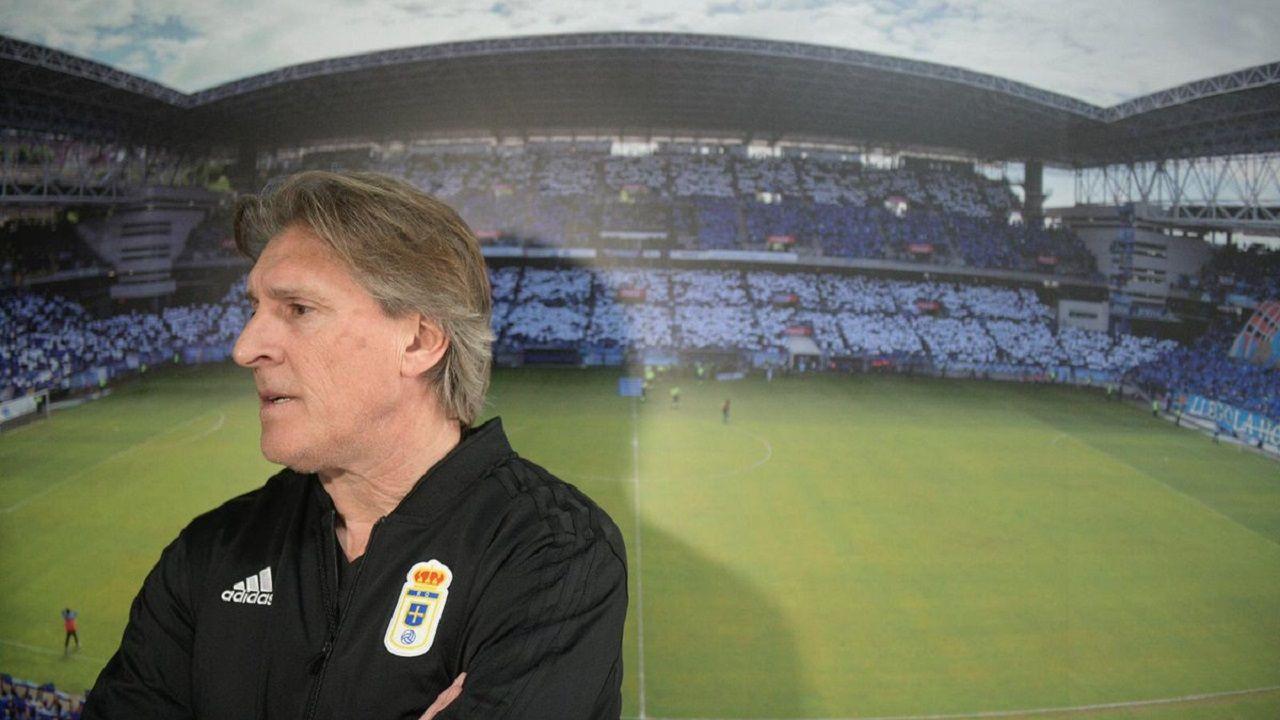 Diegui Johannesson Owona Real Oviedo Almeria Carlos Tartiere.Sergio Egea en El Requexón