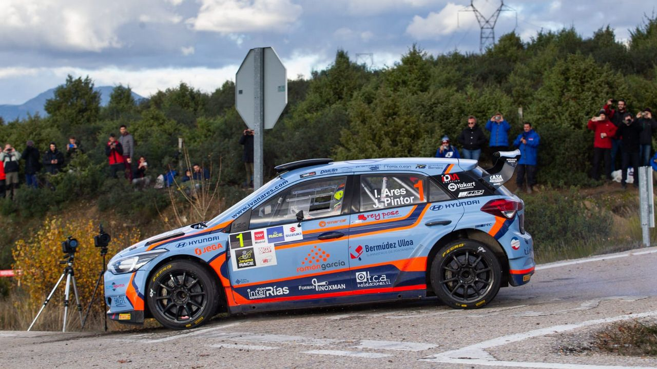 Asturias despide a Fernando Alonso.José Antonio Suárez, Cohete, en la primera jornada del Rally de Madrid