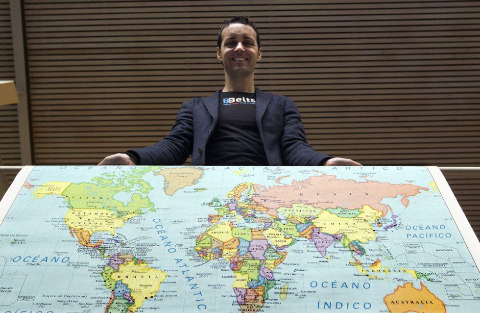 .Anxo Pérez, con un mapa del mundo: a raíz de su método «8Belts», para el aprendizaje de un idioma en 8 meses, tienen alumnos en 50 países.
