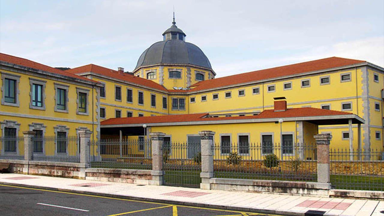 Palacio de Justicia del Principado de Asturias.Manifestación para protestar contra la siniestralidad laboral en Oviedo