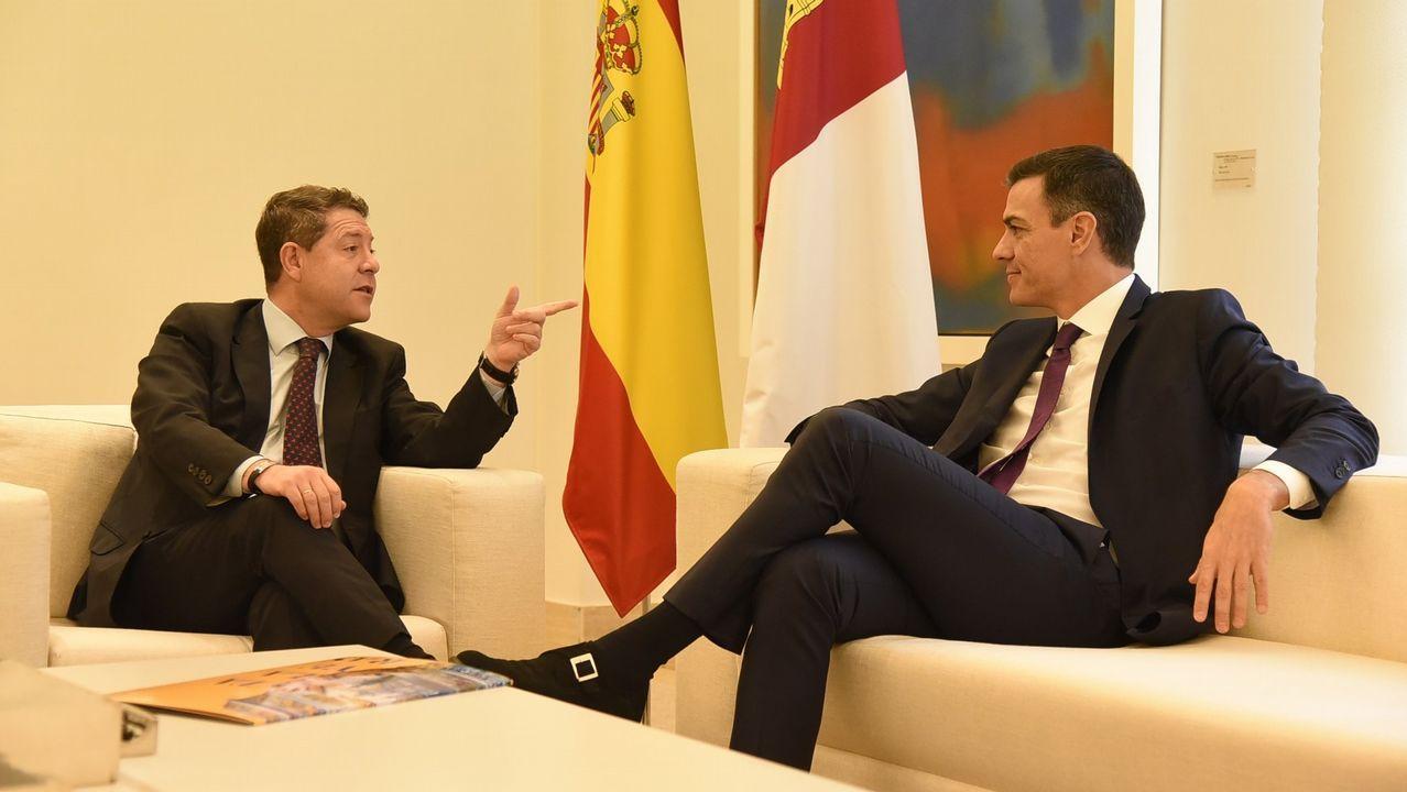 Concentración de los trabajadores de Alcoa en Madrid.García-Page exigió a Sánchez que convocase elecciones para otoño si no es capaz de aprobar los Presupuestos