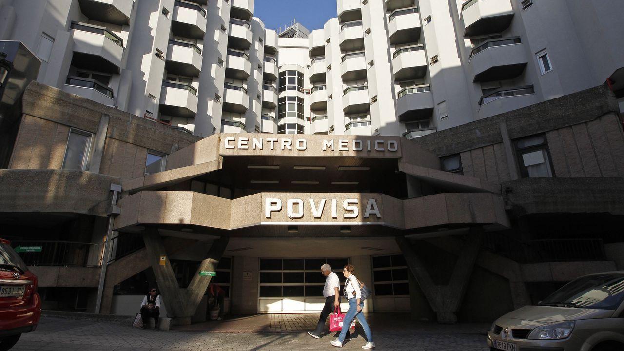 Manifestación por la atención primaria en Vigo.Convocados por la Asociación en Defensa da Sanidade Pública, médicos de primaria exigieron en Santiago un nuevo plan de mejora y recuperar las gerencias