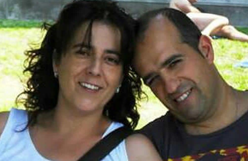 Una de las fallecidas, Sandra, junto a su marido