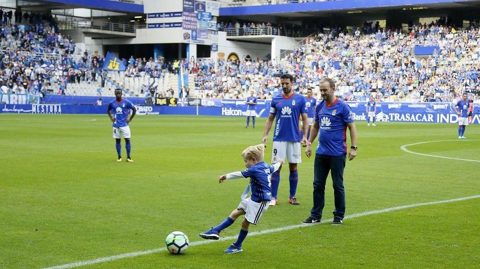 Juan Mata Common Goal.SID LOWE Y SU HIJO, CHARLIE MATEO, EN EL TARTIERE