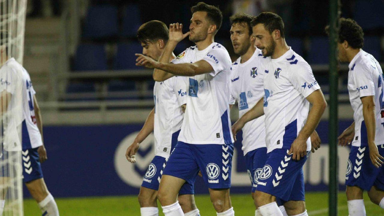.Juan Villar celebrando un gol