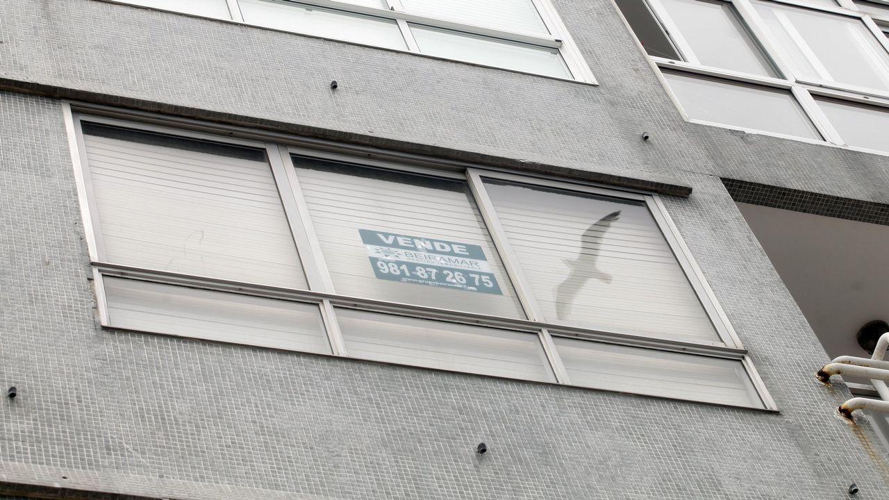«E quen me paga a min en Barreiros?».Construcción de viviendas en Oviedo