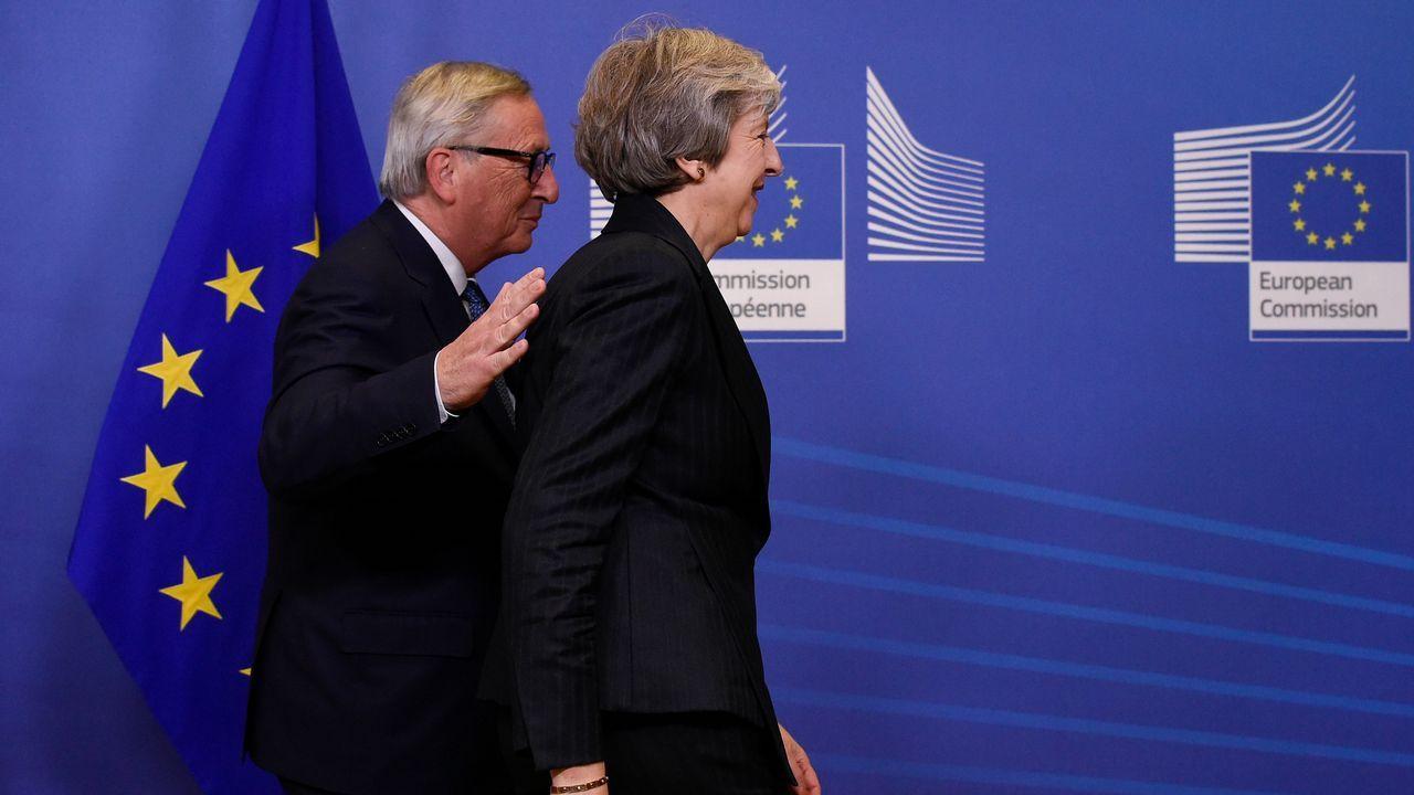 España levanta el veto y votará a favor del «brexit».El jefe negociador europeo para el «brexit», Michel Barnier.