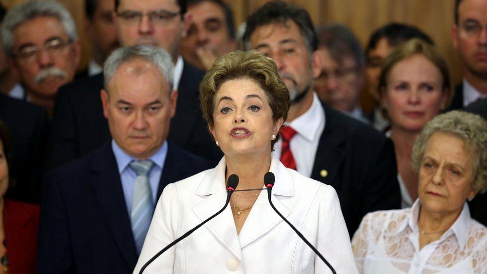 Dilma Rouseff, destituida definitivamente por el Senado como presidenta de Brasil.Voto afroamericano. Donald Trump también apeló a los votantes negros: «¿Qué demonios tienen que perder?».