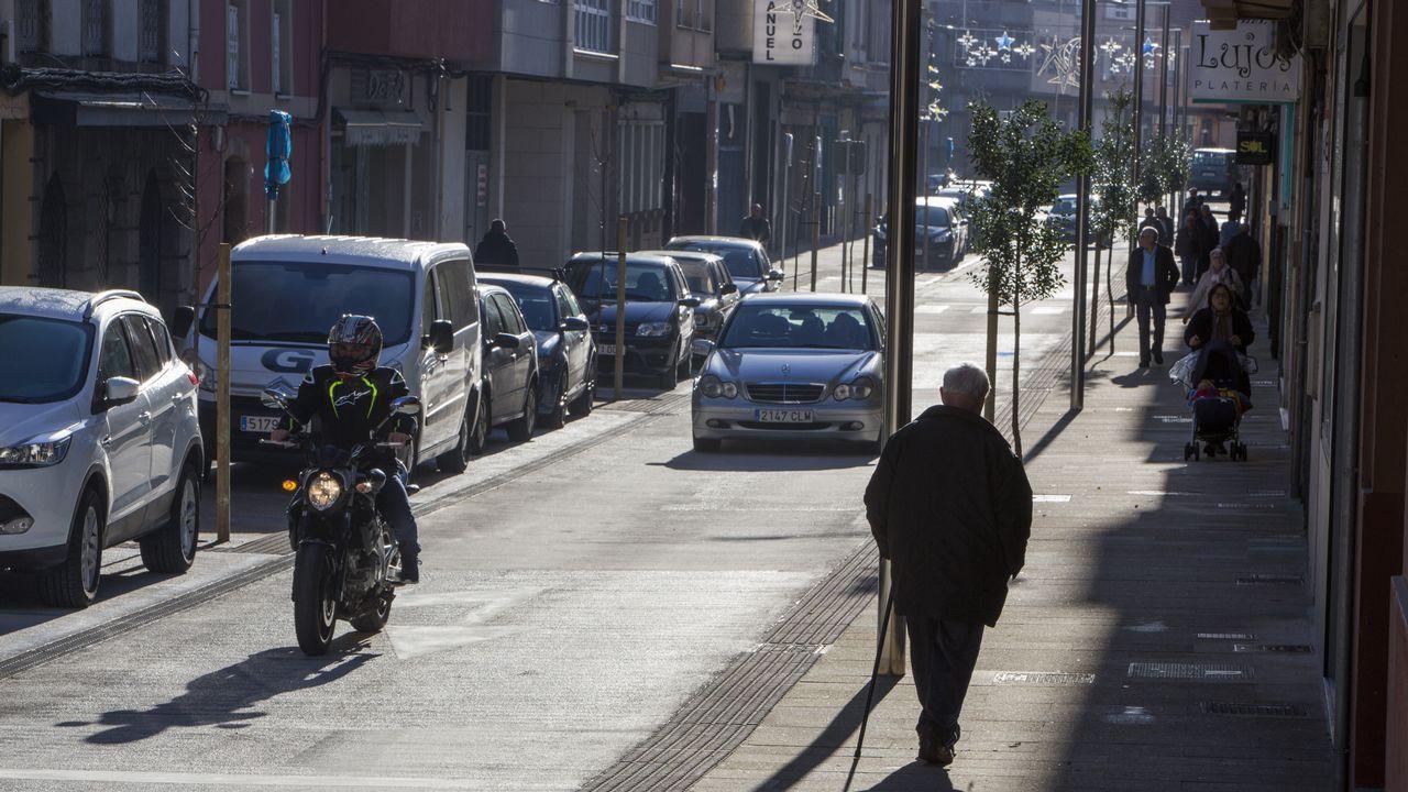 Avenida del Príncipe de Asturias.Avenida del Príncipe de Asturias, en su confluencia con la avenida de la Constitución y la avenida de Oviedo