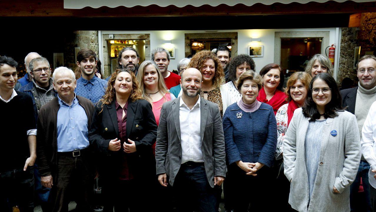 Los primeros chalecos amarillos se dejan ver en Galicia.Villares presentó su candidatura el día 24 sin sospechar los problemas que se avecinaban