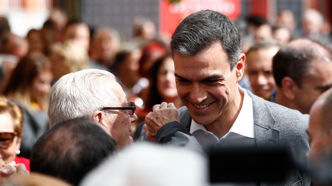 Jordi Sánchez cree que el PSOE aceptará el referéndum.La hermana que se salvó fue rescatada por los bomberos cuando se descolgó por una ventana en un cuarto piso