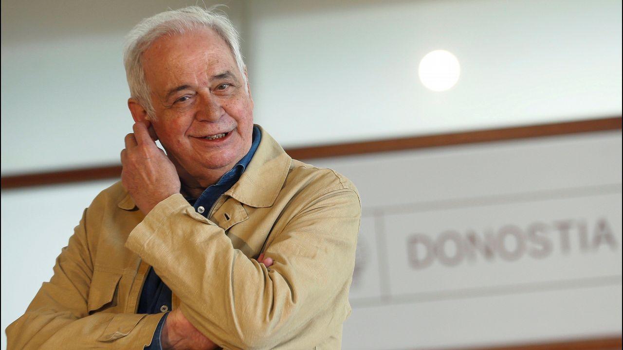 Muere Joaquín López Menéndez, el alcalde que luchó por la capitalidad.Diego Galán dirigió el Festival de Cine de San Sebastián durante dos etapas