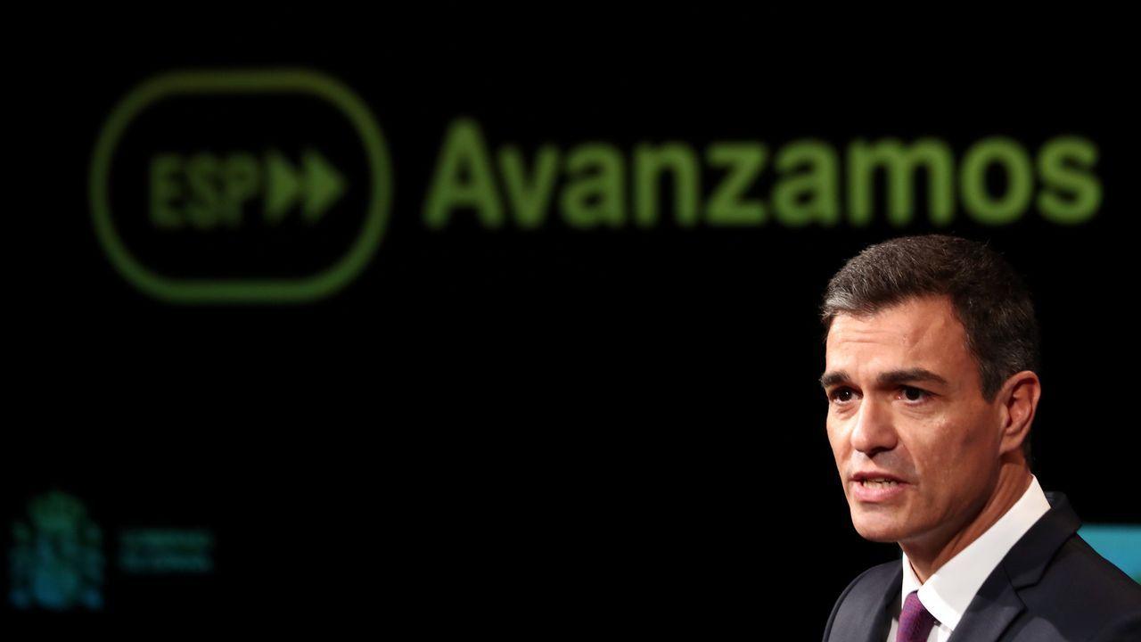 Elfotocol de famosos en los100 días de Pedro Sánchez.José Maria Aznar
