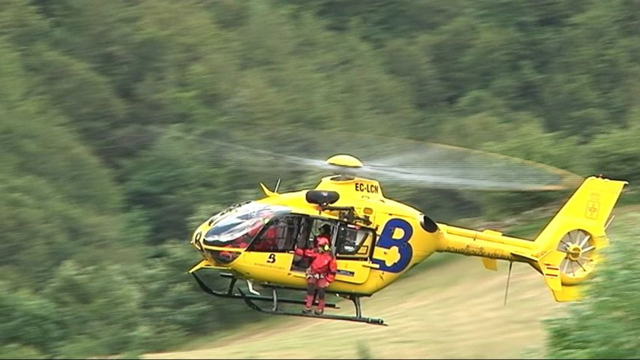 Helicóptero de bomberos del Sepa