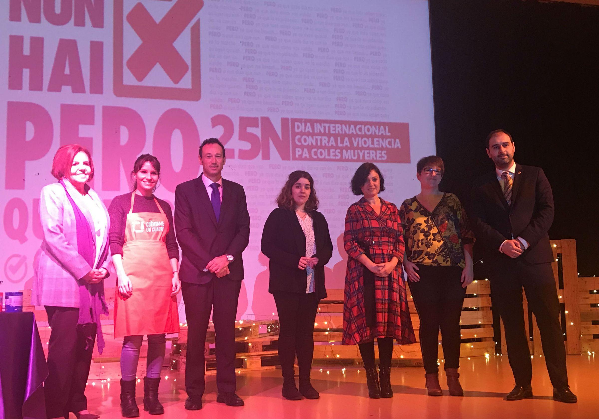 Asturias da la cara contra la violencia de género.Acto institucional del Principado, en Pravia, por el 25-N