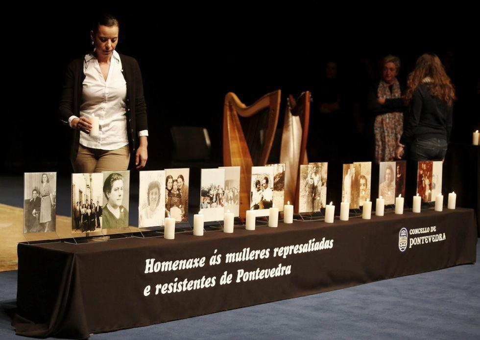 Sobre estas líneas, Carmen Pesqueira, Custodia Gama y Emilia Carril, ejemplos de mujeres represaliadas.