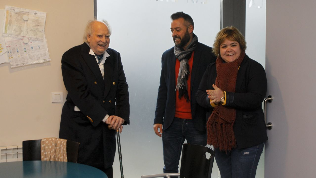 Felipe VI agradece a Don Juan Carlos su «compromiso» y «lealtad».Israel Dagg (2d), Jordie Barrett (2i), Keven Mealamu (i), y Conrad Smith (d), jugadores de los All Blacks, la selección masculina de rugby de Nueva Zelanda, Premio Princesa de Asturias 2017 de los Deportes, realizan la  haka , durante la ceremonia de entrega de los galardones