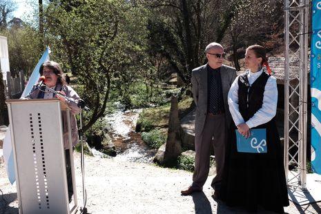 Carmen Estévez conquistó a los salcedenses con su discurso