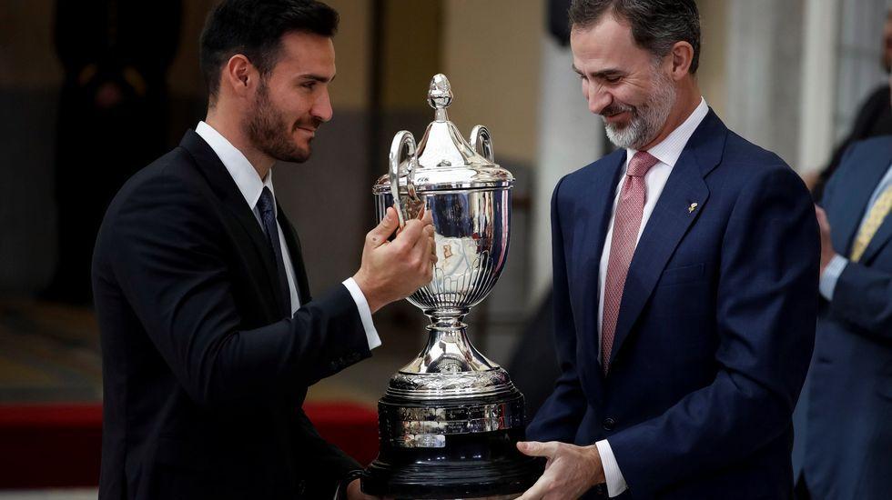 Morlán, el seleccionador que catapultó a Cal a la gloria.El rey Felipe hace entrega del Premio que lleva su nombre al mejor deportista del 2016 a Saúl Craviotto (i), ganador de cuatro medallas olímpicas