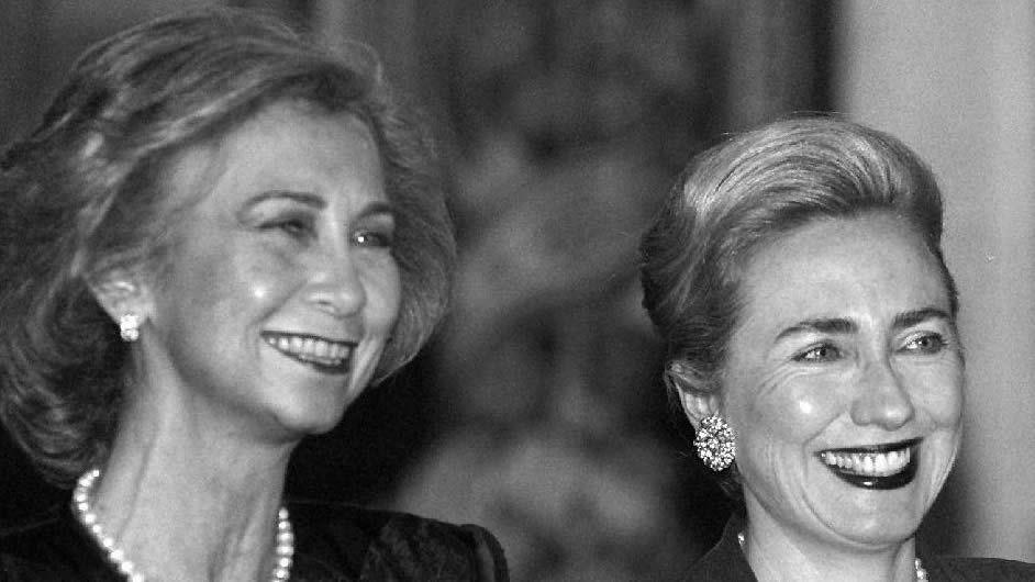 En 1995 acompañada de la entonces primera dama de Estados Unidos Hillary Clinton