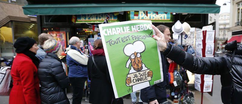Colas para comprar «Charlie Hebdo».