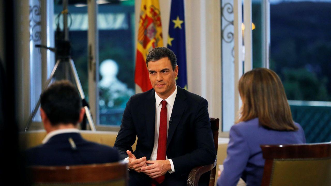 .El presidente del Gobierno, Pedro Sánchez, al comienzo de la entrevista que concedió a TVE el 18 de junio