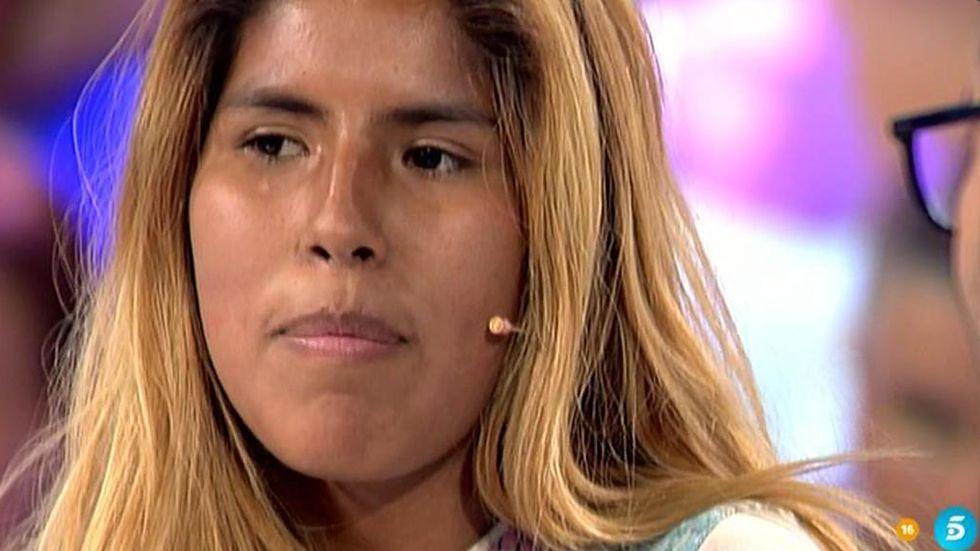 Isabel Pantoja, muy seria en su salida de la cárcel para otro permiso.La sobrina de Isabel Pantoja, Anabel, a su llegada al Hospital Infanta Luisa, donde se encuentra ingresada la cantante.