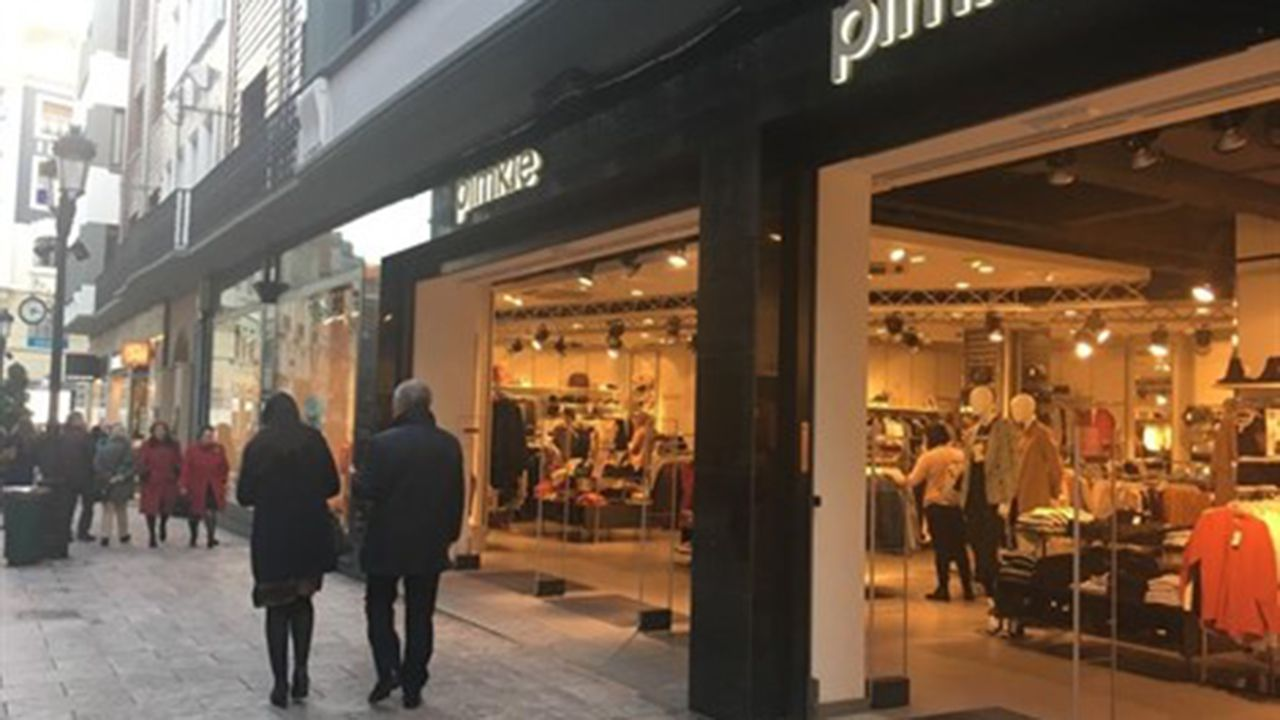 Tienda de Pimkie en el centro de Oviedo