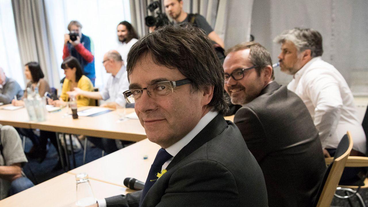 Las lecciones de Aznar y la respuesta del PP.La ministra de Sanidad, Dolores Montserrat, acusó a Puigdemont de alargar «la agonía que el mismo ha creado entre catalanes»
