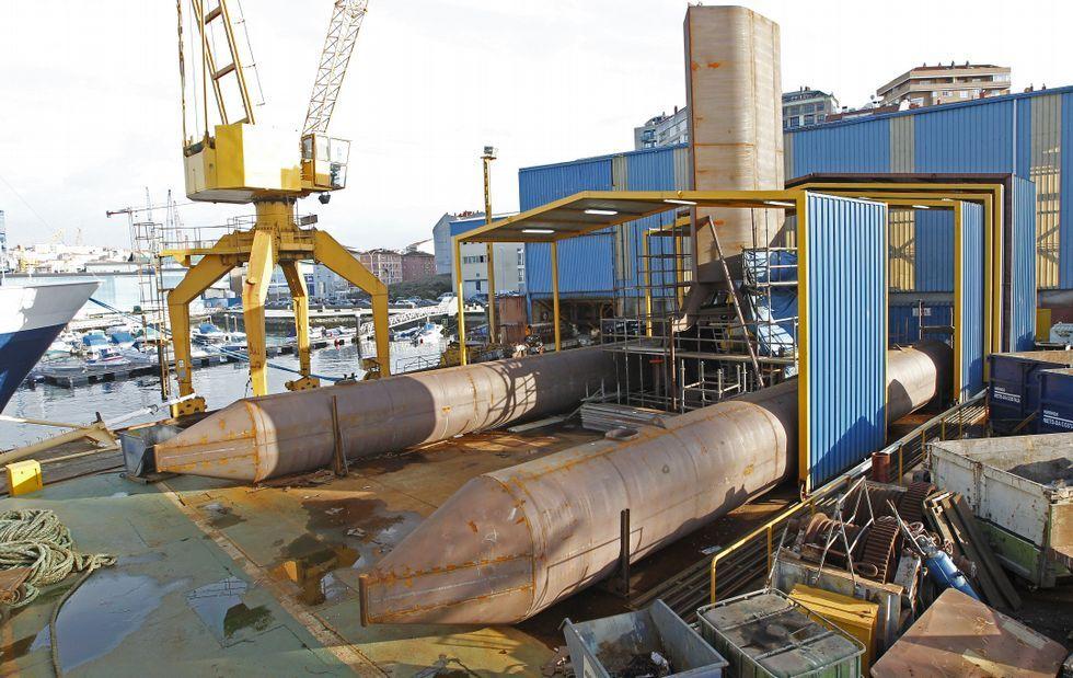 Margallo.La construcción del prototipo de plataforma-trimarán se está ultimando en el astillero Cardama.