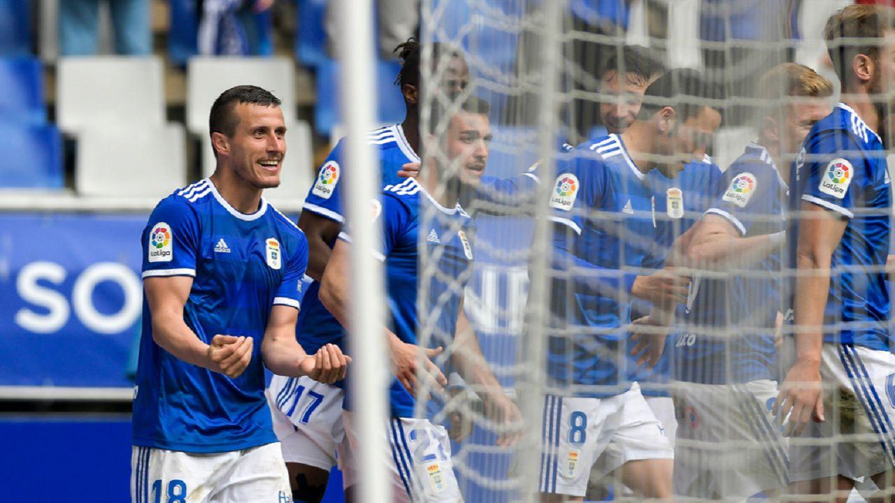 Gol Christian Fernandez Real Oviedo Nastic Carlos Tartiere.Christian Fernández, celebra su gol frente al Nàstic