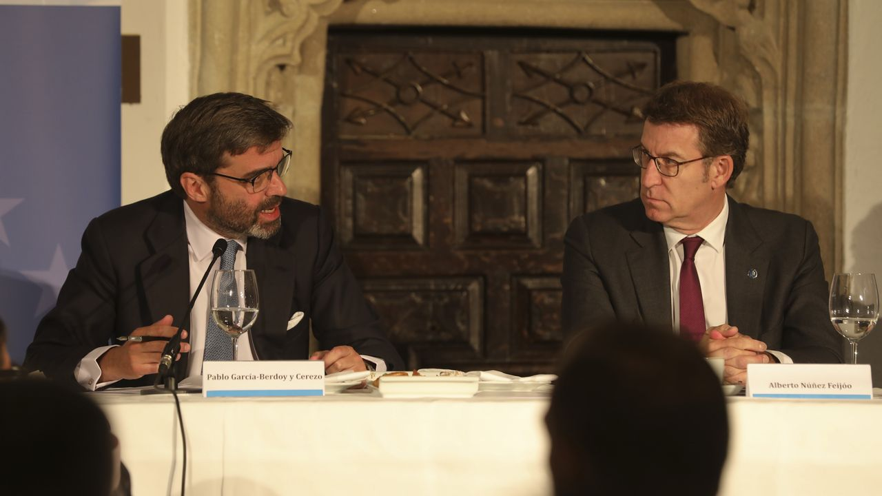 Pablo García -Berdoy, Núñez Feijoo y Jesús Gamallo, que presentó el Foro Galego do Brexit