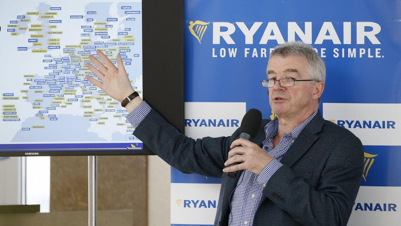 «Avanzamos mucho en los últimos años, pero no hay que bajar la guardia».Avión de Ryanair en Peinador